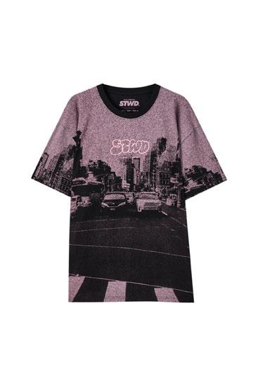 T-shirt rose à imprimé route