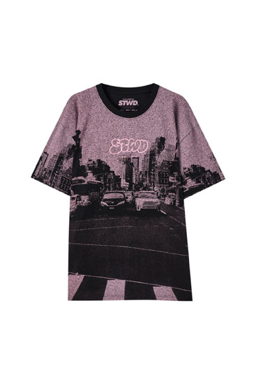 Road print pink T-shirt