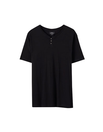 Short sleeve henley T-shirt