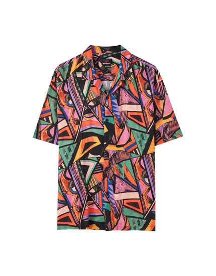 '90s geometric print shirt