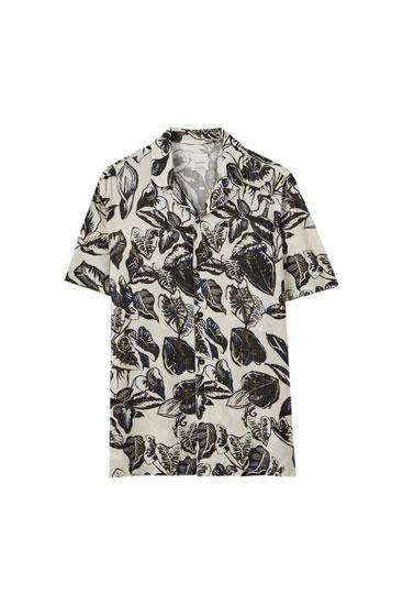 Λευκό πουκάμισο με φλοράλ τύπωμα