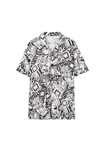 Shirt with black and white print