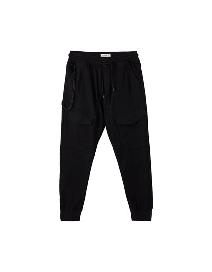 Cargo-style jogging trousers with chain
