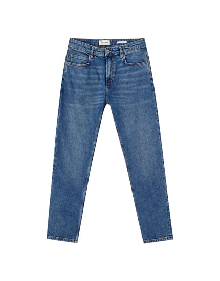 Базовые классические синие джинсы комфортного кроя