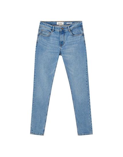 Jeans superskinny efecto desgastado