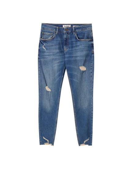 Jeans skinny fit detalle rotos
