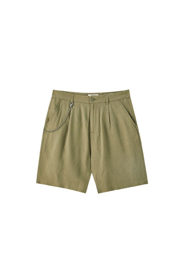 Linen chino Bermuda shorts with chain detail