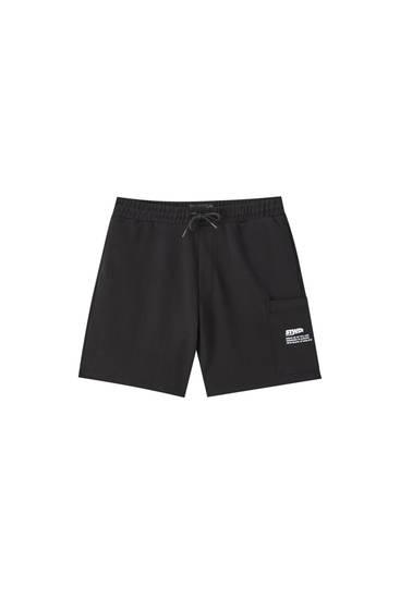 Cargo-style Bermuda jogging shorts
