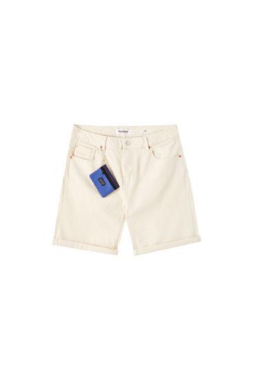 Jeansowe bermudy slim fit z portfelem