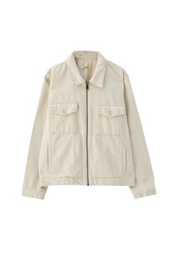 Beige Jacke mit Brusttaschen