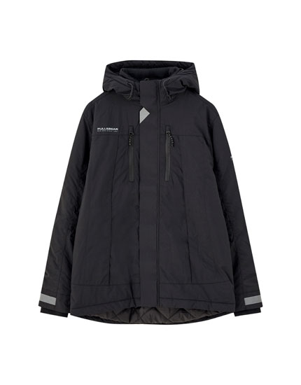 Parka with pockets and reflective panel