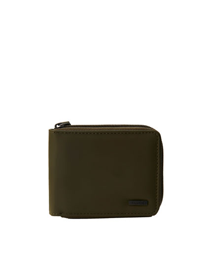 Khaki wallet with zip