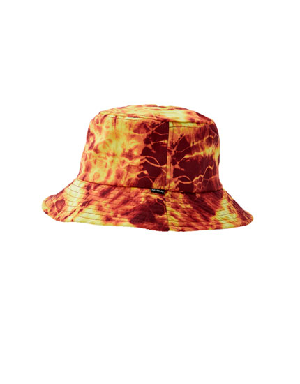 Flame print bucket hat