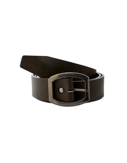 Faux leather oval buckle belt