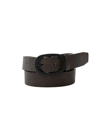 Basic matte faux leather belt