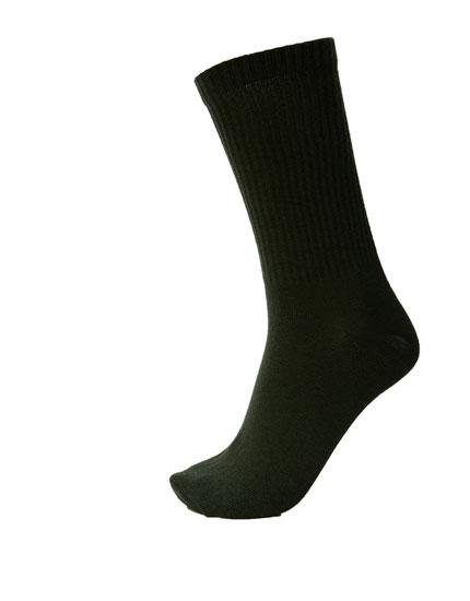 Αθλητικές κάλτσες ριπ σε διάφορα χρώματα