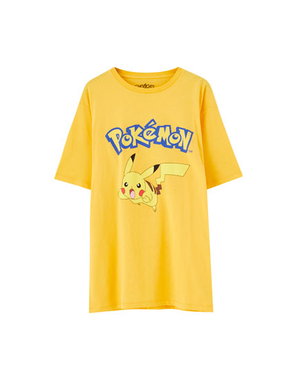 Playera Pokémon amarillo
