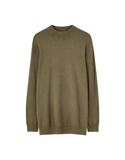 Χρωματιστό πουλόβερ basic με ψηλό γιακά