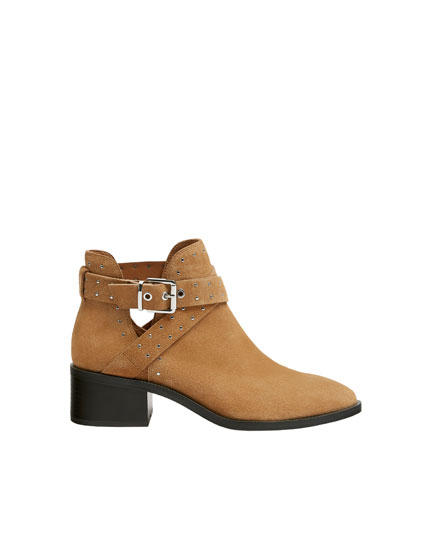 Bottines cuir petits clous