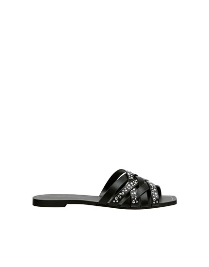Sandales noires rivets