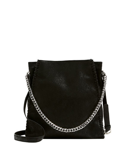 Black tote bag with chain