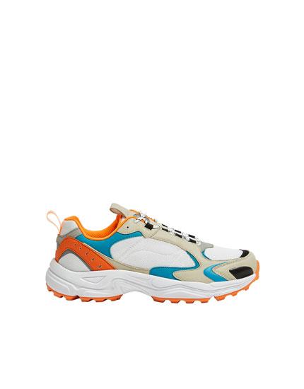 Αθλητικά παπούτσια ρετρό