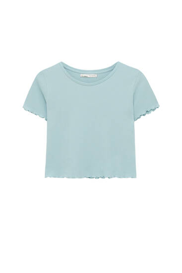 Basic T-shirt med ternet struktur og bølgekanter