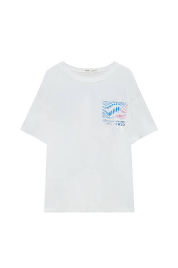 T-shirt with contrast graphic