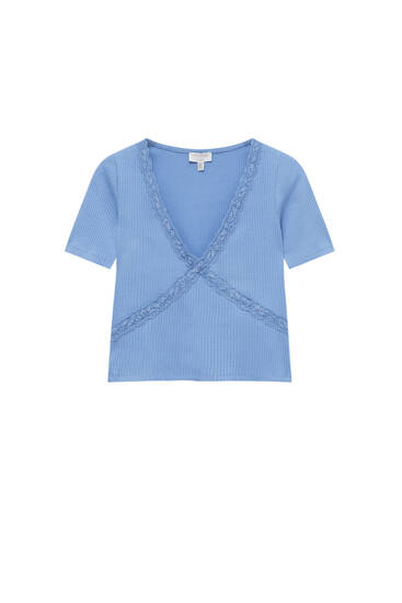 Ribbed V-neck T-shirt with lace trim
