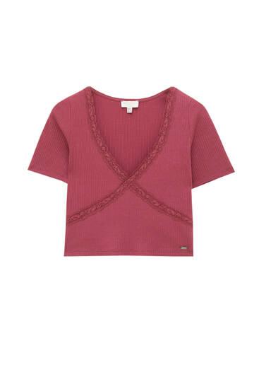 Ribcord T-shirt met V-hals en kanten afwerking