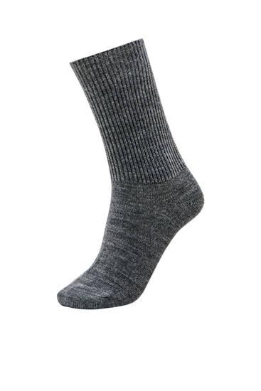 Ψηλές χοντρές κάλτσες με ριμπ