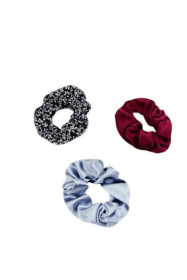 Pack of floral scrunchies