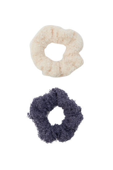Pack of 2 faux shearling scrunchies