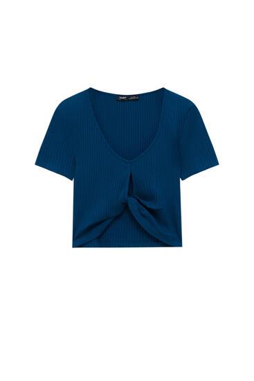 Cut-out V-neck T-shirt