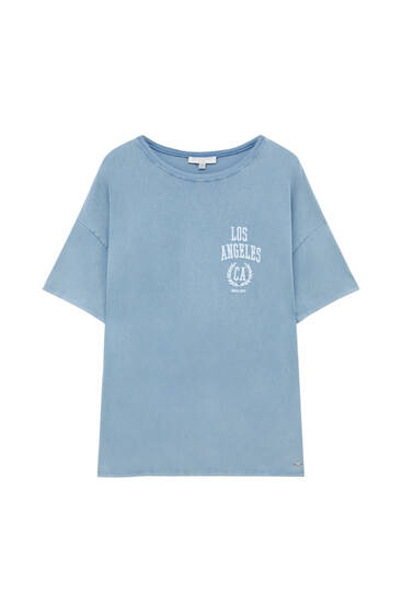Blue T-shirt with embroidery on the chest