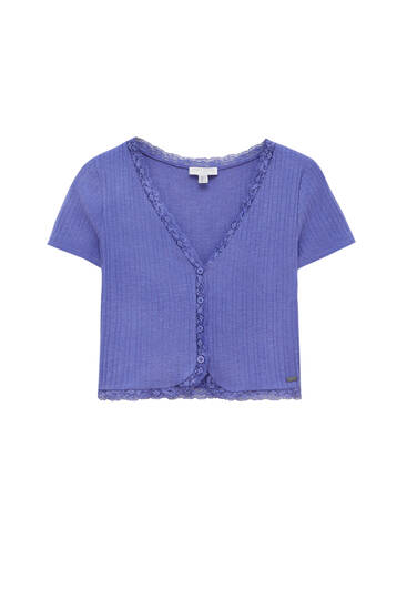 Top with buttons and lace detail