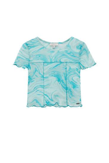 Wavy T-shirt with visible seams