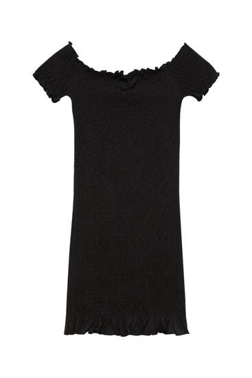 Short boat neck dress
