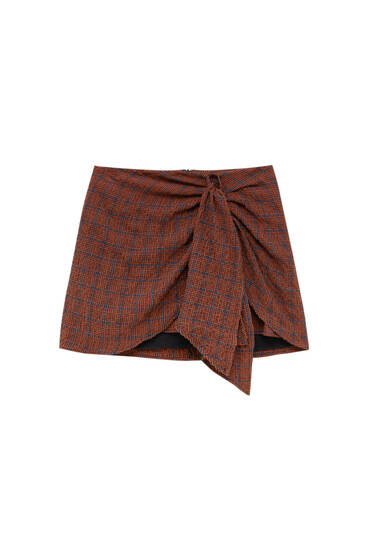 Check mini skirt with front knot