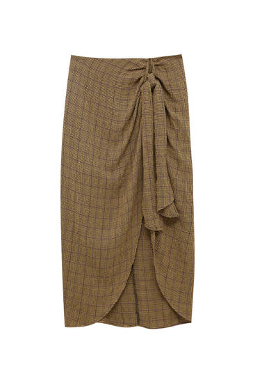 Midi skirt with front knot