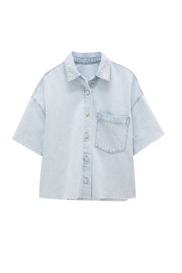 Copped denim shirt with short sleeves