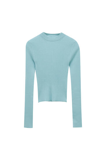 Ribbed knit sweater with round neck