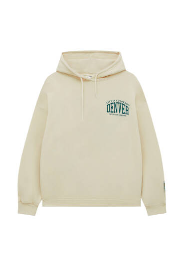 Oversize hoodie with contrast graphic