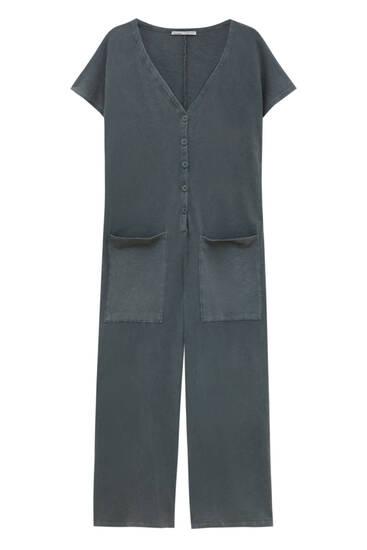 Culotte jumpsuit met knopen aan de voorzijde