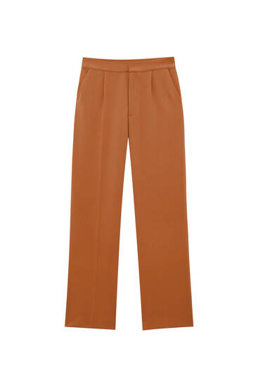 Pantalón straight fit pinzas