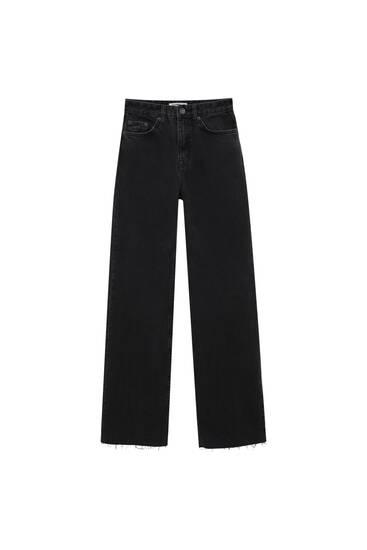 Jeans rectos bajo cortado