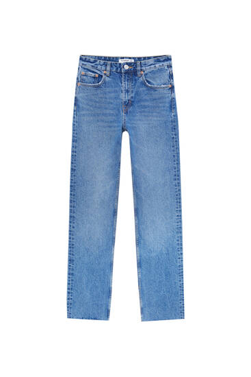 Flared jeans with slit