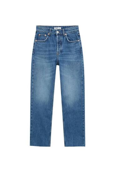 Straight-Leg-Jeans mit abgeschnittenem Saum