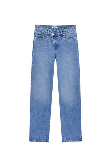 High-waist jeans with crossover waist