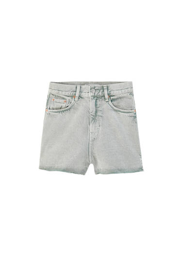 Denim shorts with side vents